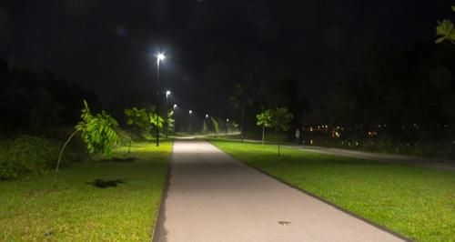 Singapore-night-Parks-way.jpg