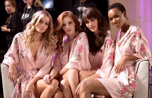 Victoria's Secret-18-3.jpg