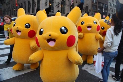 pikachu_NY-4.JPG