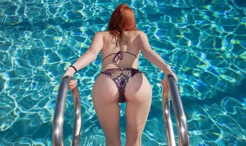 wow_bikini_45.jpg